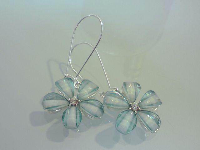 Pierced_earrings_2